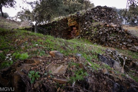 One of the old lime kilns partial destroyed
